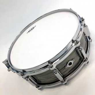 Snare Revelation finish Fade To Gris airvent + back + head
