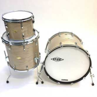 Drums Revelation Charlie White kit overview, bass drum, floor tom, tom 6