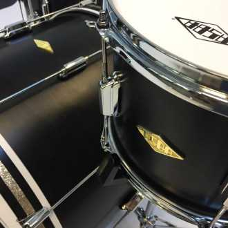 Drums Rive Gauche Back in Black - 9