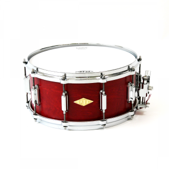 Snare Rive Gauche finish Lou Red full view + front + logo